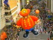HaroldFiremanBalloon NBCMacy's1996