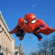 Thanksgiving-day-parade-spiderman-float-AEEXEC
