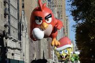 New-york-ny-usa-23rd-nov-2017-red-angry-bird-spongebob-squarepants-KJ9HPY
