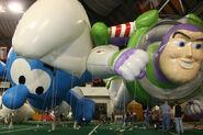 Buzz-and-smurf-dakotadome