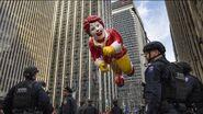 1623655 112416-kgo-ap-thanksgiving-parade-img