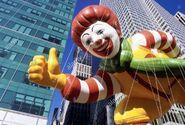 New-york-city-macys-thanksgiving-day-parade-ronald-mcdonald-balloon-CBHG2W