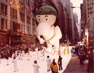 First-Snoopy-Aviation-Flying-Ace-Macys-Thanksgiving-Parade-NYC