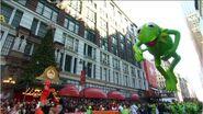 Kermit the Frog Balloon 2012