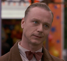 Ben Daniels as Leopold