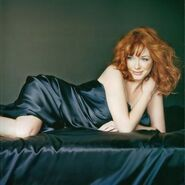 VacationVixen2 ChristinaHendricks