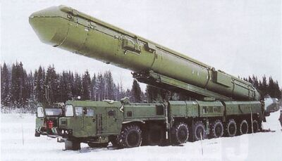 SS-27 Stalin Topol-M RS-12M2 RT-2PM2 intercontinental ballistic missile Russian army Russia 011