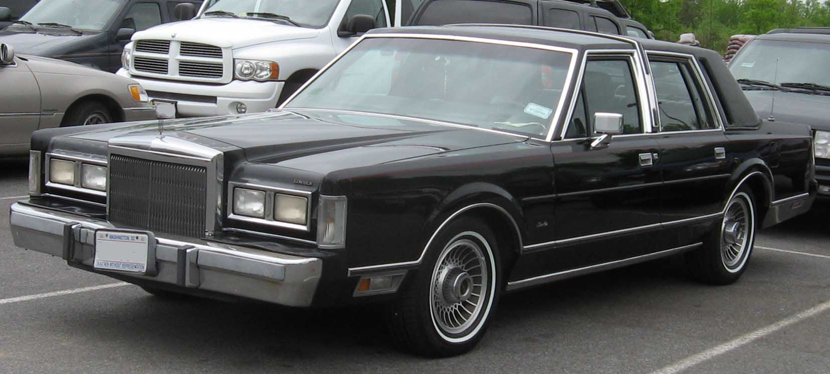 lincoln town car mafia wiki fandom powered by wikia rh mafia wikia com 1995 Lincoln Town Car 1984 Lincoln Town Car