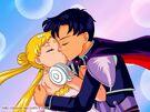 Serena and Darien kissing .