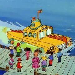 Pontoon Submarine