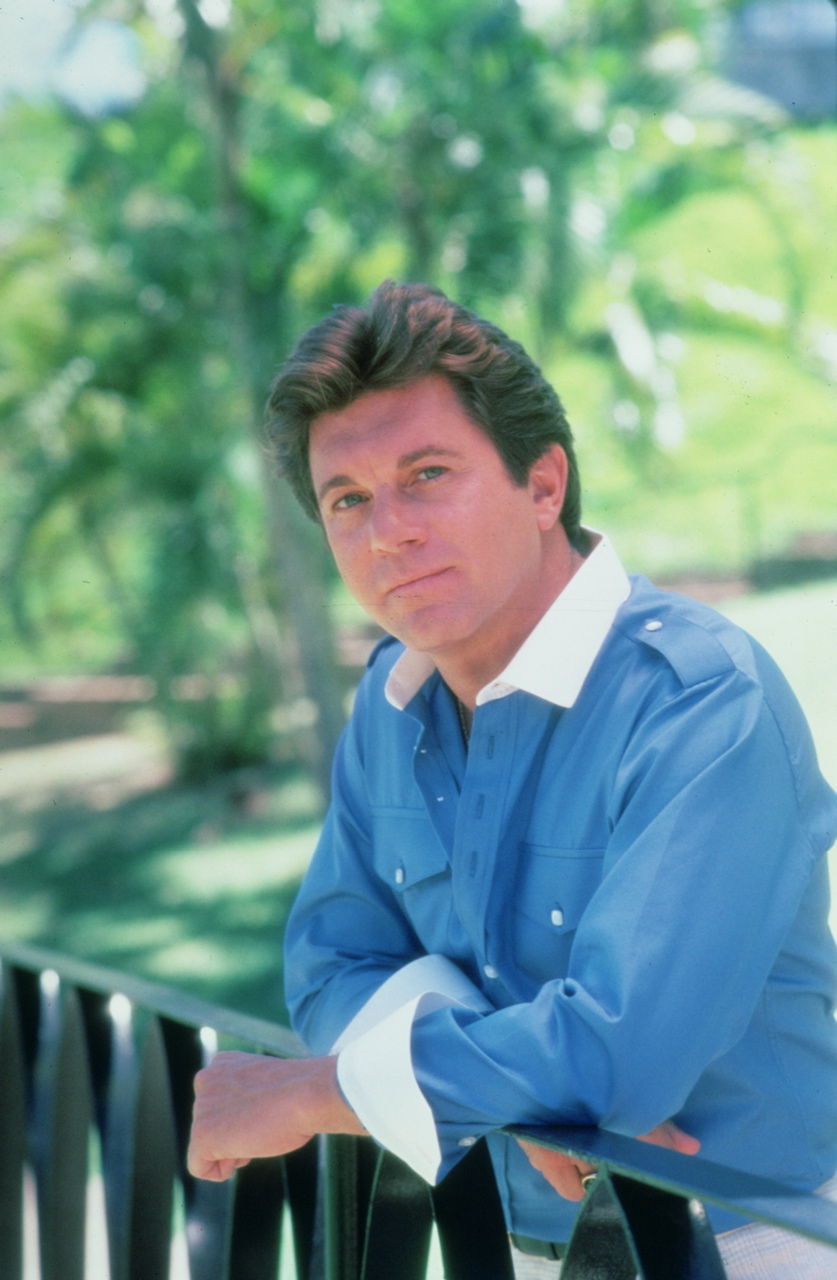 larry manetti today - HD 837×1280