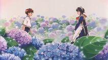 Mahoromatic En un jardín donde crecen las hortensias