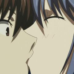 Tatsuko kisses Yamato (Anime)