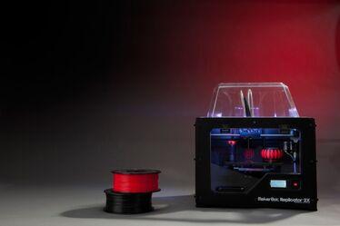 MakerBot Replicator2X high 3-700x466