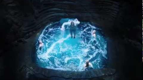 Mako Mermaids - Official Trailer HD-1384788103