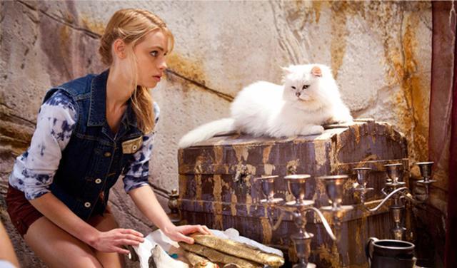 File:Lyla And Poseidon.jpg