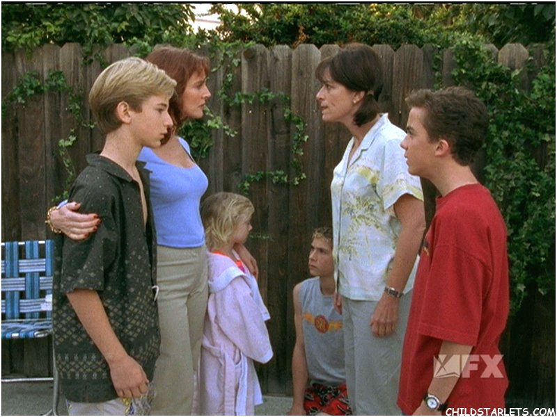 New Neighbors | Malcolm in the Middle Wiki | FANDOM powered by Wikia