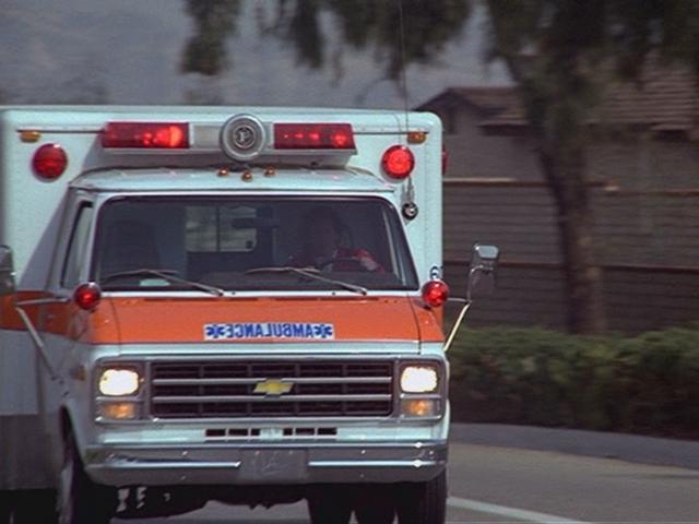 File:Backwards Ambulance.png