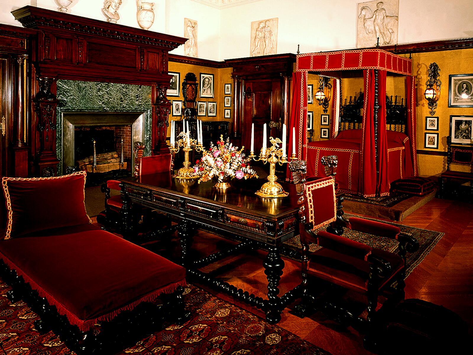 House Biltmore Estate Interiors 13 2f Gw Vanderbilts Bedroom 01