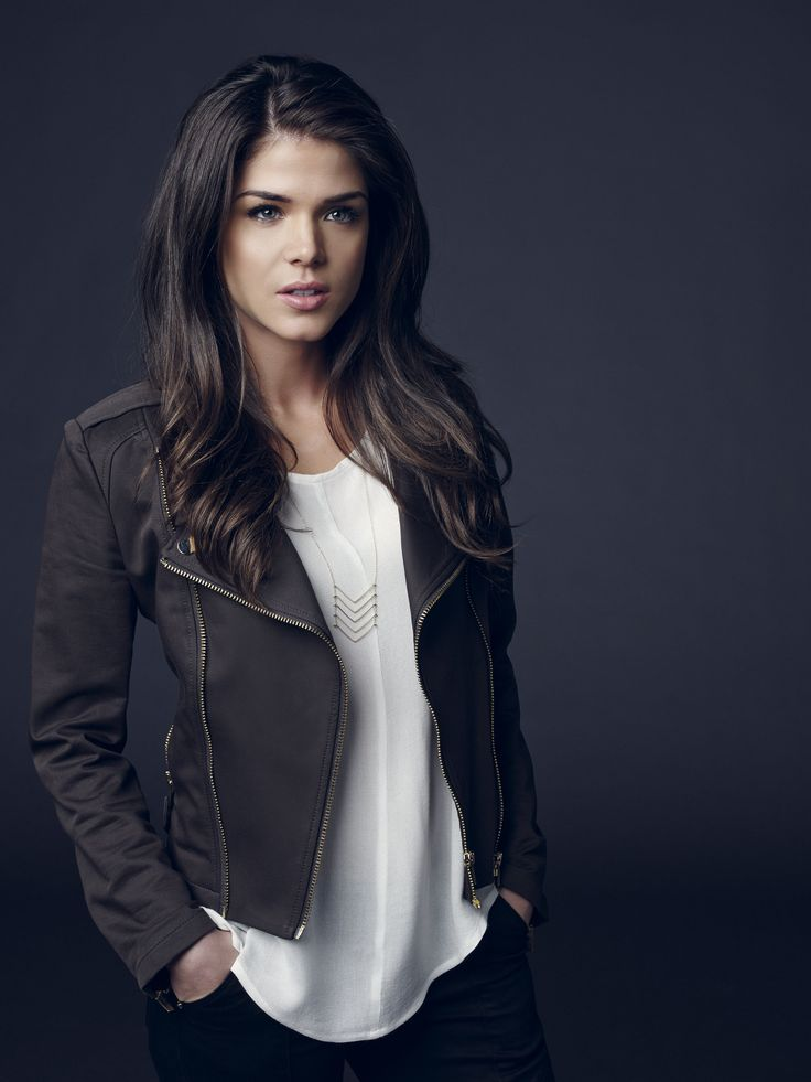 Marie Avgeropoulos   M...