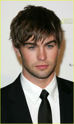 Chace-crawford-chace-crawford-30409339-449-750