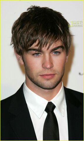 File:Chace-crawford-chace-crawford-30409339-449-750.jpg
