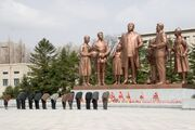 Dprk pyongyang cinema studio kim sculpture 05