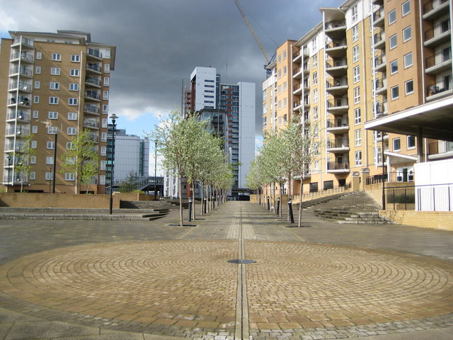 Blackwall, Virginia Quay and the Greenwich Meridian - geograph.org.uk - 789437