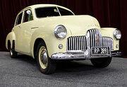 280px-1949 Holden 48-215 sedan 01