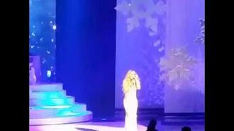 "Mariah Carey singing ""Miss You Most (At Christmas Time)"" LIVE (Caesars Palace, 17 12 17)"