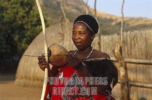File:Swaziland-Mantenga---Swazi---Makhoyane.jpg