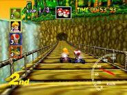 MK64 Screenshot Peach und Toad in DKs Dschungelpark