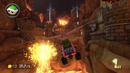 MK8 Screenshot Bowser gleitet