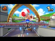 MK7 Screenshot Toad auf Toads Piste