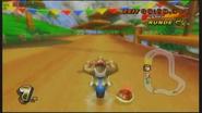 MKW Screenshot Funky Kong in Yoshi-Kaskaden