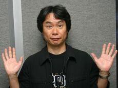Shigeru Miyamoto (Hands Up)