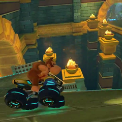Donkey Kong racing in the temple.