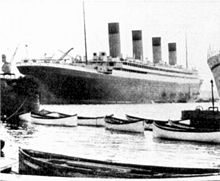 220px-RMS Olympic's new lifeboats