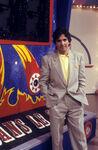 Patrick-Roy-presente-Le-juste-prix-le-05-juillet-1988 width1024 Dans Le