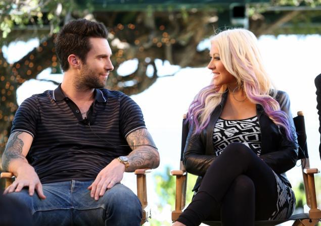 Christina aguilera and adam levine dating
