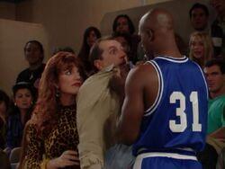 MWC episode - A Tisket Basket ball peg al Xavier McDaniel