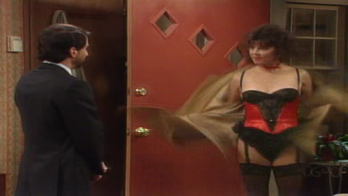 amanda bearse lingerie nude