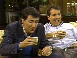 File:MWC episode - Pilot - Al and Steve.jpg