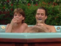 Married with children How Green Was My Apple marcy jefferson jacuzzy