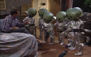 Wikia MWC - Aliens
