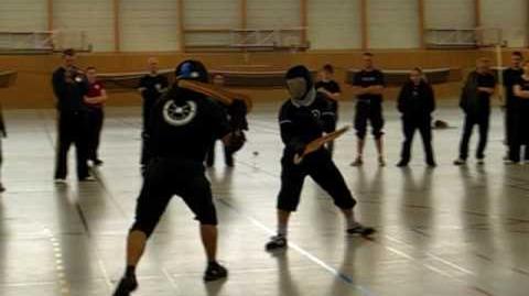 Martial challenge Axel Pettersson vs Scott Brown