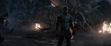 Роджерс смотрит на Таноса - Финал