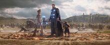 Тор, Ракета и Грут прибывают в Ваканду - Война бесконечности