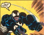 Hulk poseido por el Simbionte Arrojando Telaraña (Tierra1089)