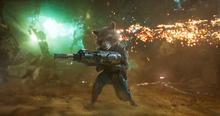 Ракета во время битвы с Эго - Стражи галактики 2